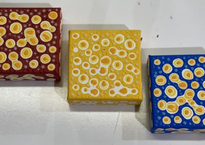 Henry's Primary Color Cubes-min